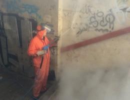 Graffiti verwijderen met SteamPLUS